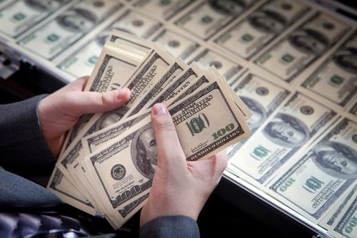 מחזור עולמי של חמישה מיליארד דולרים ביום