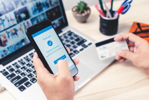 אתר אינטרנט מאפשר סליקה ותשלומים דרך הרשת, דבר העוזר להגביר את כמות המכירות