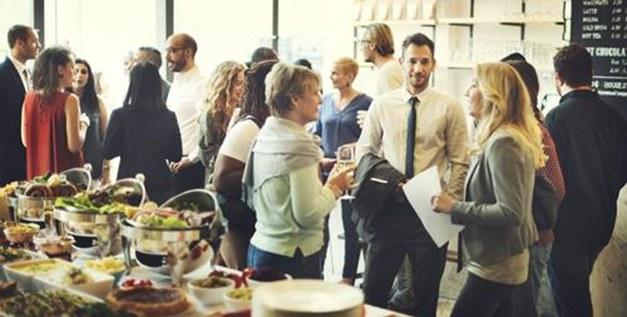 מדוע כדאי להשקיע בערבי גיבוש לעובדים בעסק שלכם?